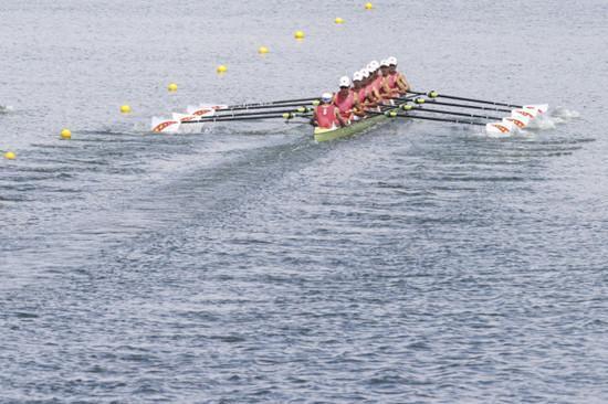 中国队摘得东京奥 运赛艇女子八人单桨有舵手项目铜牌